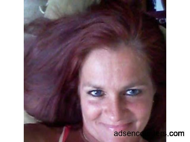 Looking for a friend without attachment - w4m - 47 - Tucson AZ