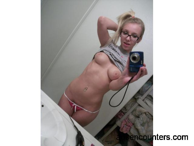 Cute girl for fun - w4m - 21 - Charlotte NC