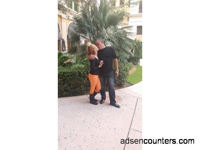 Cubancouple for couples - mw4mw - 50/48 - San Antonio TX