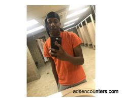 Young bbc looking for women/wives - m4mw - 21 - Chicago IL