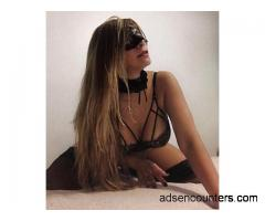 Karina - Stunning mature, hot, sexy european-latina ! - w4m - 36 - Milwaukee WI