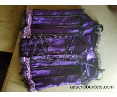 Any ladies like to wear corsets? - m4w - 44 - Dallas TX