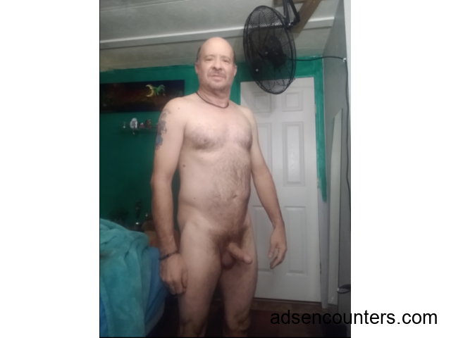 need to eat pussy Looking for friends with benefits - m4w - 54 - Peoria AZ