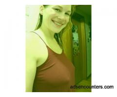Separated mom looking for discrete fun - w4m - 28 - Queens NY