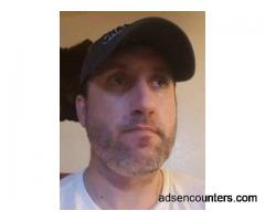 Lonely nice guy needing fun and happiness with a woman - m4w - 43 - Phoenix AZ